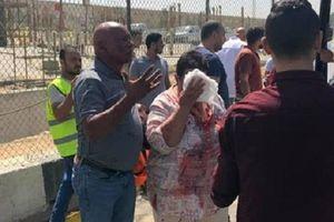 Ai Cập: Xe buýt chở khách du lịch trúng bom, nhiều người bị thương