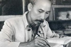 Chủ tịch Hồ Chí Minh và 'cuộc chiến đấu khổng lồ'