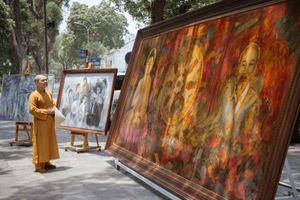 Ra mắt sách 'Việt Nam - Quốc gia của tình thương' và triển lãm tranh 'Bác để tình thương cho chúng con'