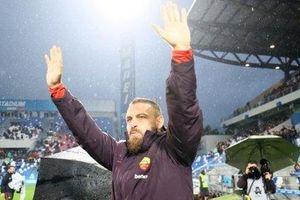 Khoảnh khắc Serie A: De Rossi, Hoàng đế vĩnh cửu!