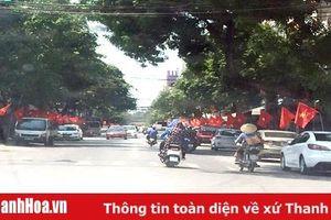 TP Thanh Hóa rực rỡ cờ đỏ sao vàng nhân kỷ niệm 129 năm Ngày sinh Chủ tịch Hồ Chí Minh
