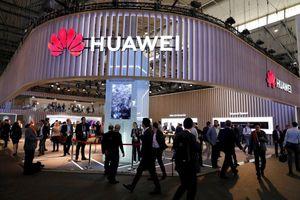 Huawei từng tuyên bố đã xây dựng hệ điều hành riêng, phòng khi bị cấm dùng Android của gã khổng lồ Mỹ Google