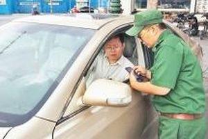 Khắc phục bất cập trong thu phí đậu xe ô-tô