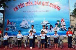 Chú trọng tuyên truyền, phổ biến pháp luật cho ngư dân