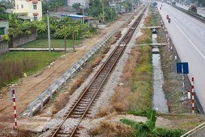 Xóa bỏ lối đi tự mở qua đường sắt vào năm 2025