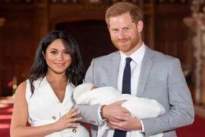 Vì sao Công nương Meghan Markle bị Hoàng gia Anh cảnh cáo?