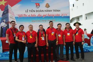 Đoàn hành trình 'Tuổi trẻ vì biển đảo quê hương' thăm Trường Sa
