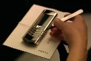 Tận mắt chứng kiến quy trình sản xuất Vertu - điện thoại siêu sang chỉ dành cho tầng lớp thượng lưu