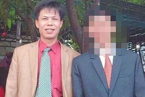 Hai người đi đòi nợ thuê, một người bị đâm tử vong