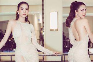 Ngọc Trinh 'mặc như không' gây tranh cãi tại Liên hoan phim Cannes