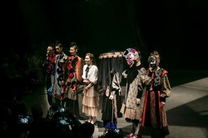 Sinh viên Việt Nam giành hai giải thưởng trong cuộc thi thiết kế thời trang