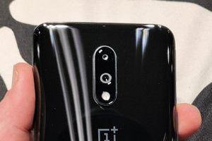Smartphone chip S855, RAM 8 GB, camera 48 kép, giá gần 11 triệu