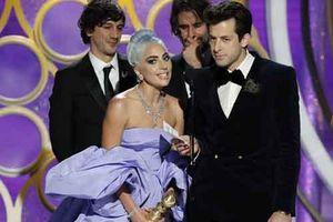 Taylor Swift bị ám ảnh bởi Lady Gaga