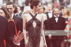 Bị chỉ trích mặc 'gợi dục' ở LHP Cannes, Ngọc Trinh nói gì?