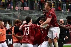 AC Milan 2-0 Frosinone: Níu kéo hy vọng Top 4