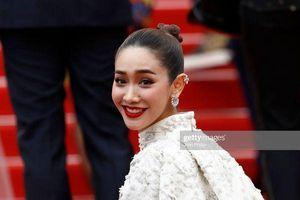 Bi hài Cannes 2019: Giới truyền thông quốc tế nhầm lẫn Ngọc Trinh và Cổ Lực Na Trát trên thảm đỏ ngày 6