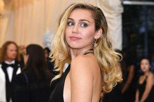 Quyết định mang Hiphop trở lại, Miley Cyrus đang quá mạo hiểm với 'đứa con tinh thần' thứ 7?