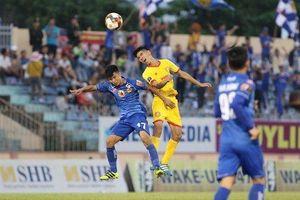 Phút bù giờ quý giá giúp Nam Định giành 1 điểm trong trận cầu kịch tính