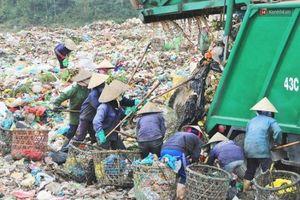 Bất cập vệ sinh môi trường tại Đà Nẵng: Kỳ 1 - Tại sao công tác thu gom rác không hiệu quả?