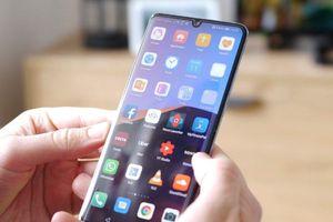 Dân kinh doanh smartphone Huawei bất an