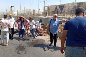 Xe buýt chở du khách trúng bom ở Ai Cập, 17 người bị thương