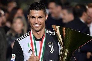 Ronaldo phản đối Conte tới Juventus