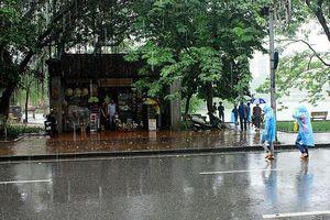 Chấm dứt đợt nắng nóng, miền Bắc đón mưa dông diện rộng