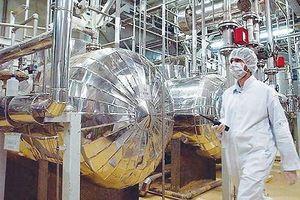 Căng thẳng với Mỹ, Iran tăng 4 lần năng lực sản xuất urani