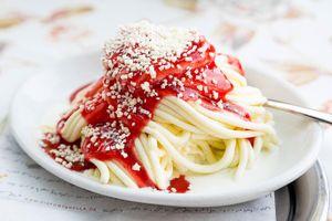 Món kem có hình dạng như spaghetti độc đáo cho ngày hè