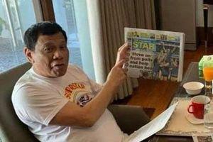 Một tuần không xuất hiện, TT Duterte lại thổi bùng tin đồn bệnh nặng