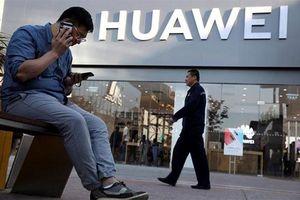 Mỹ bất ngờ 'nhẹ tay' với Huawei vì sập mạng?