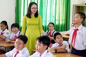 Đề nghị giáo viên được bố trí công việc như công an, quân đội