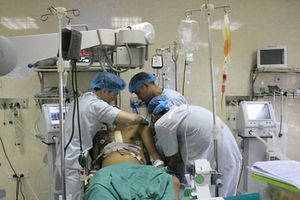 Cứu sống bệnh nhân bị vỡ tim, máu phun xối xả do tai nạn giao thông