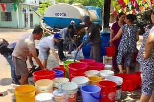 Người dân Đà Nẵng chật vật vì thiếu nước sinh hoạt giữa mùa nắng gắt