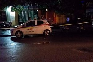Bắt tạm giam người đàn ông đâm liên tiếp nữ tài xế taxi