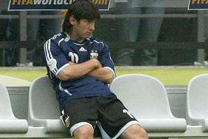 Lionel Messi từng là nạn nhân của thế lực ngầm ở tuyển Argentina