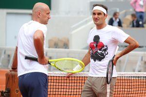 Roger Federer: Xúc động quay trở lại Roland Garros lần đầu tiên sau 4 năm