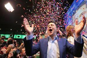 Tổng thống Zelensky: Từ danh hài đến người đàn ông quyền lực nhất Ukraine