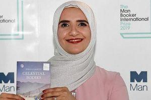 Lần đầu tiên một nhà văn người Arab được trao Giải văn học Man Booker Quốc tế