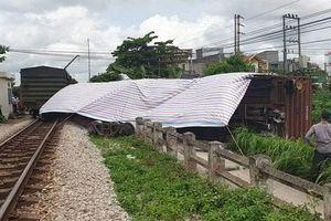 Nguyên nhân khiến tàu hỏa trật bánh ở Nam Định