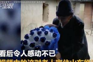 Lễ tình nhân ngọt ngào của cặp đôi vợ 99, chồng 97 tuổi