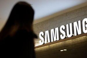 Cổ phiếu Samsung tăng vọt trong cơn khốn khó của Huawei