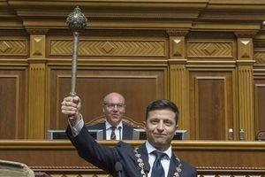 Video cận cảnh Tổng thống Ukraine Zelensky tới tuyên thệ nhậm chức