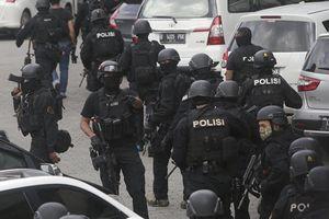 Biểu tình tại thủ đô Indonesia buộc cảnh sát sử dụng hơi cay