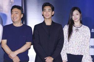Sulli (25) lên tiếng sau tranh cãi về cách xưng hô với diễn viên Lee Sung Min (50)