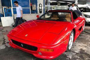 'Hàng độc' Ferrari 355 F1 Spider 1999 xuất hiện tại TP.HCM