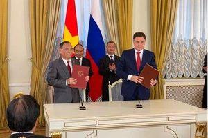 Hội Luật gia Việt Nam ký kết Thỏa thuận hợp tác chiến lược với Hội Luật gia Liên bang Nga