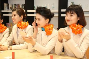 Có 10 tiếp viên người Việt phục vụ trên các chuyến bay đến Việt Nam của Hãng hàng không Jeju Air