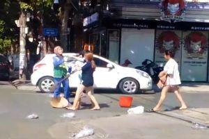 Vụ chủ cửa hàng đánh nữ lao công: Báo động cách ứng xử của người trẻ