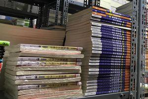 10.000 cuốn sách lậu dạy tiếng Nhật trong quán gắn biển bán cà phê